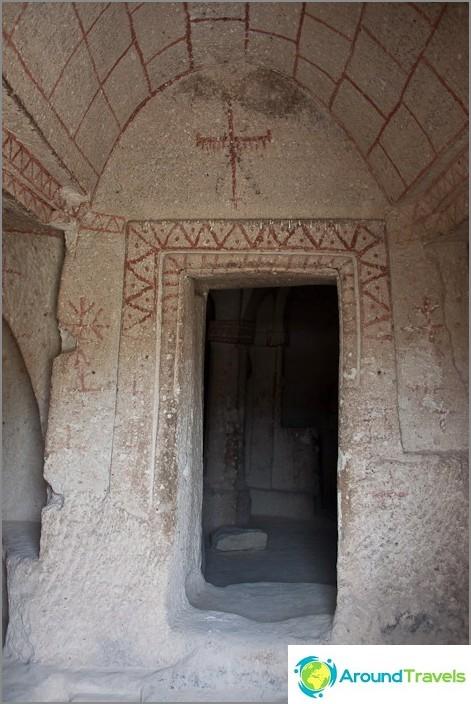 Останките от храма. Кападокия