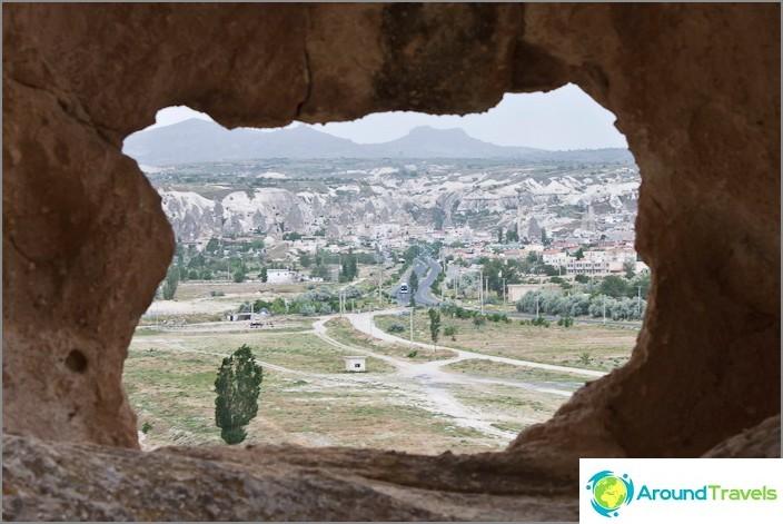 Изглед към село Гореме от прозореца на каменна къща.
