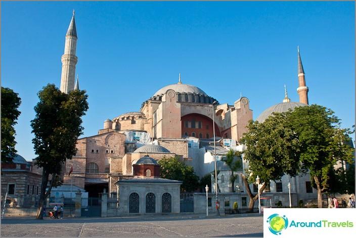 Hagia Sophia (Hagia Sophia) Istanbulissa.