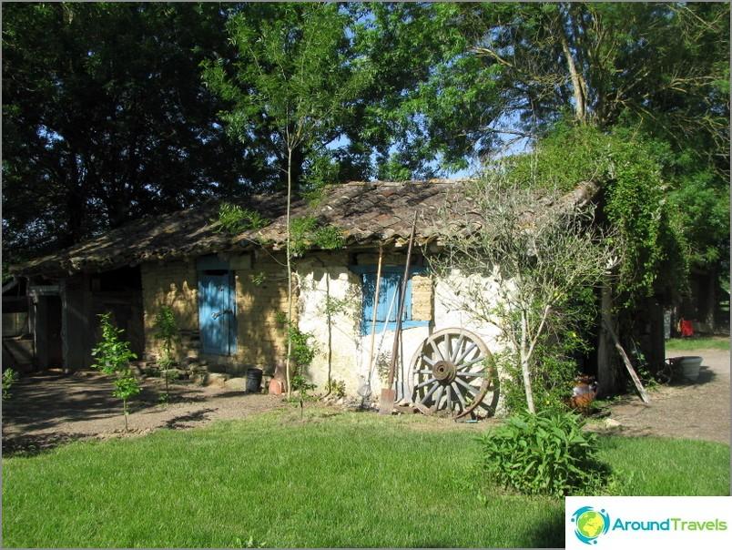 Много уютна къща на нашите френски приятели