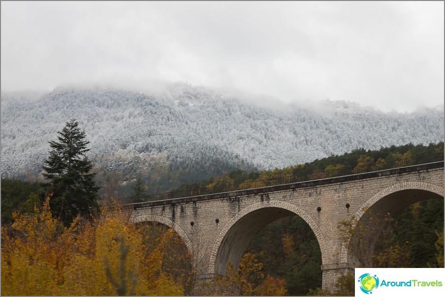 Пътища на Франция - планински пейзажи