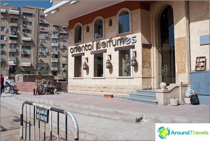 Kairo kaupunki. Salonin aromiöljyt.