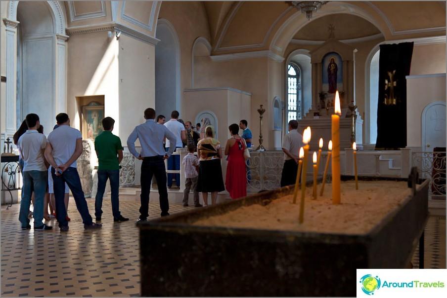 Surb Khachin armenialaisen kirkon sisällä