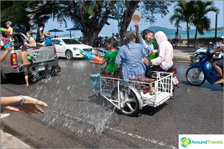 Songkran - Thaimaan uusi vuosi