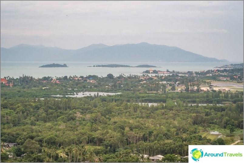 Наводнени низини на Банг Рак и Фанган на хоризонта