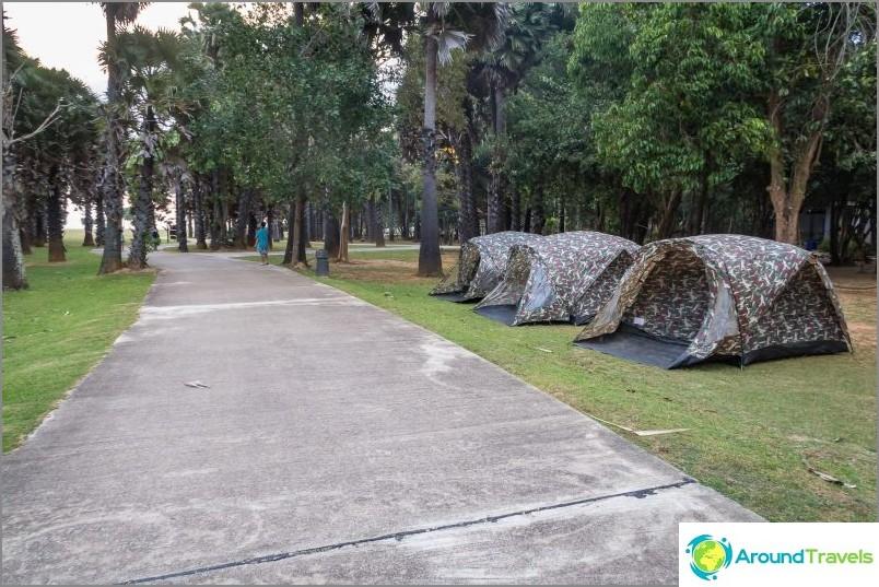 Majakka Koh Lantalla ja nat -puisto - saaren paras nähtävyys