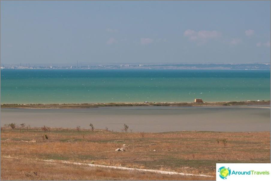 Turkoosi Musta meri