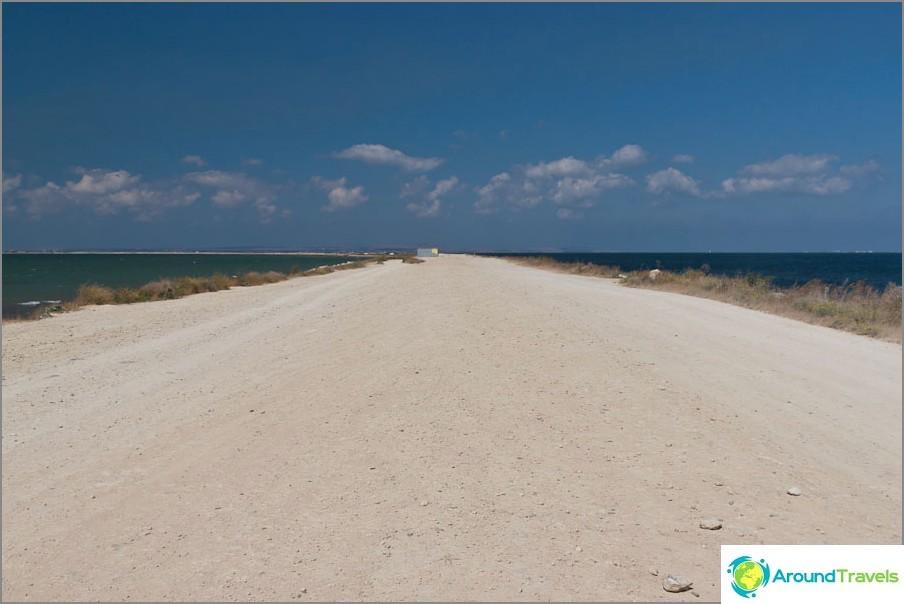 Tuzla Spit Road