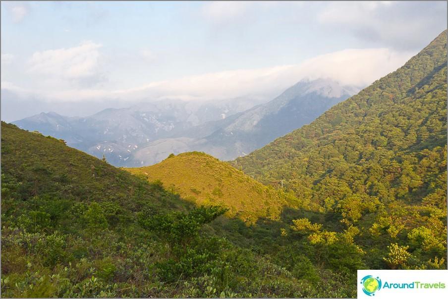 Ympärillä vain vuoret - Lantau-saari