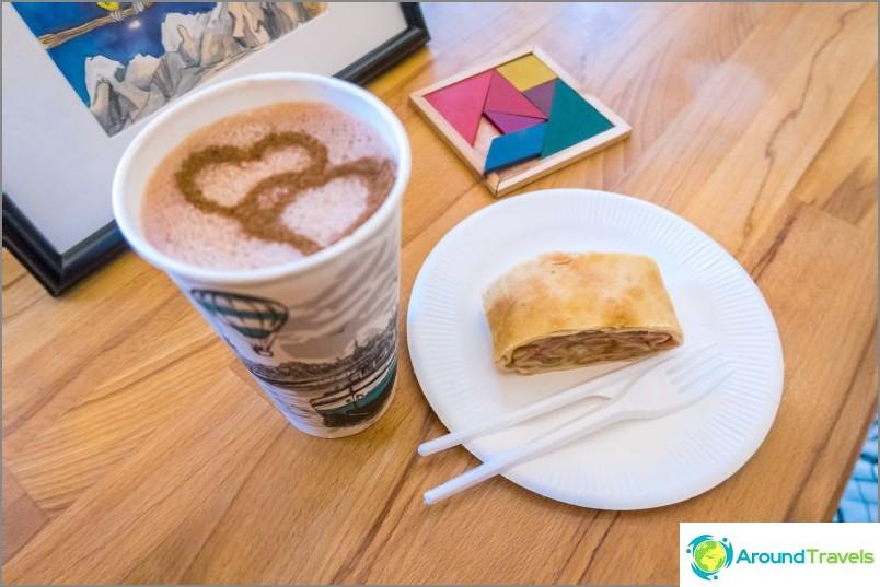 Kahvila Bulka vuoristossa - putken mukavuus ja kaakao sydämellä