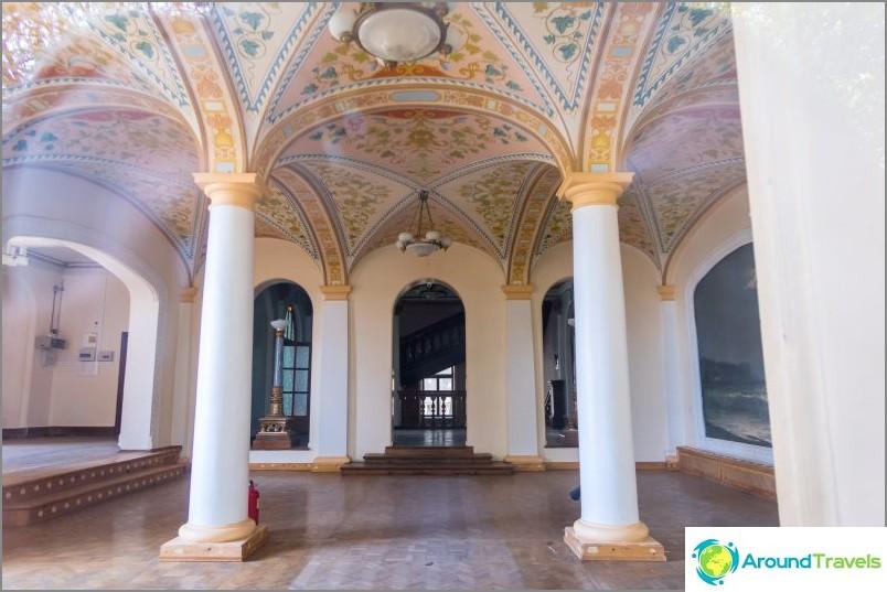 Sanatorium Ordzhonikidze Sotšissa - upea luopuminen