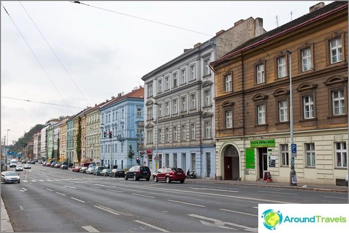 Прага, но изглежда като Москва