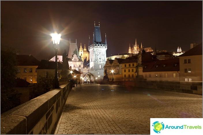 Стара Прага вечер, Карлов мост