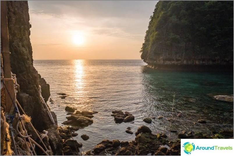 Lo Sama Bay, toinen sisäänkäynti May Bayyn