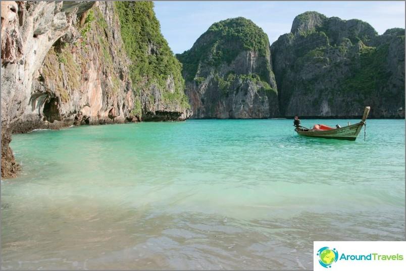 May Bay, Phi Phi, maaliskuu, näkymä rannan vasemmasta reunasta.