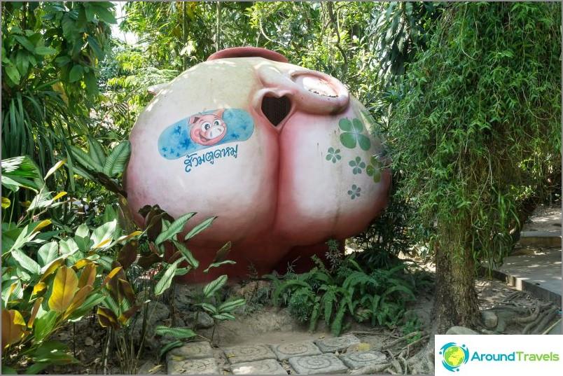 Amazing WC-puisto Thaimaassa - Suan Nai Dum