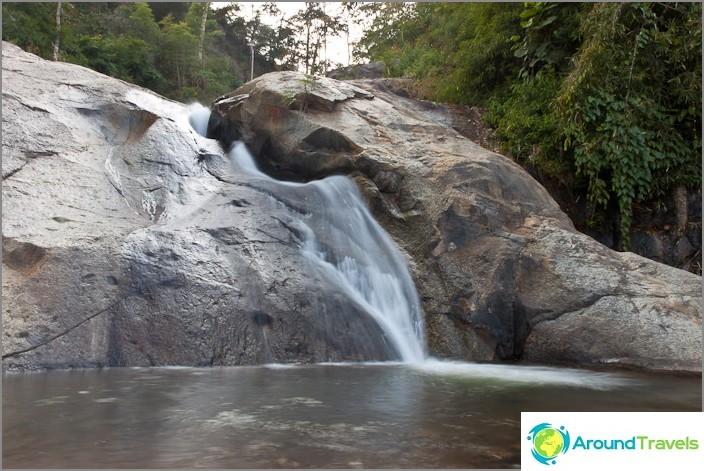 Водопад Мор Паенг