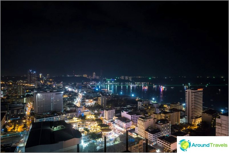 Pattayan yökuva on myös erinomainen
