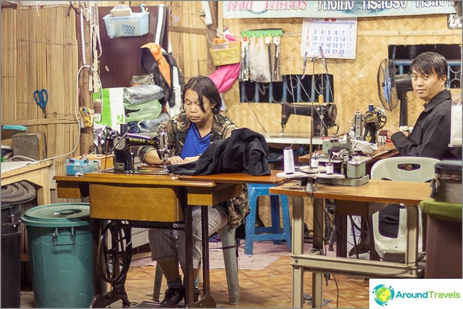 Семейство ателие в Тайланд
