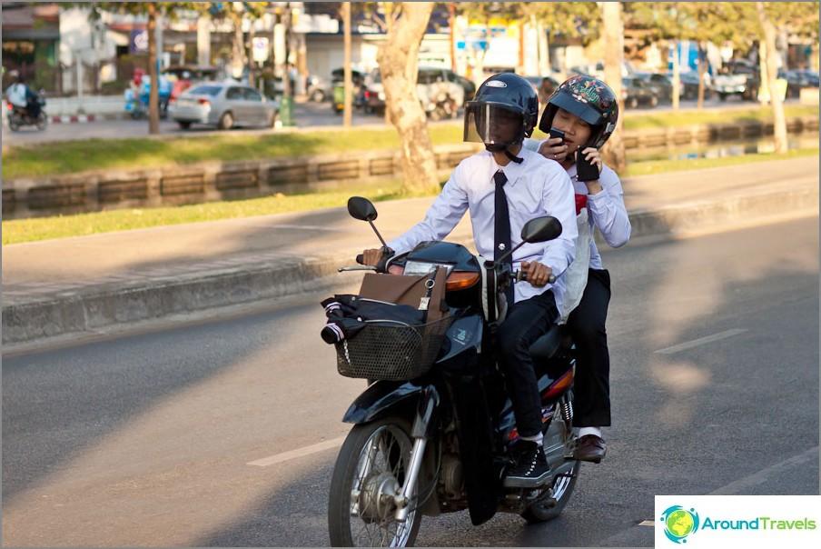 Pyörällä puku