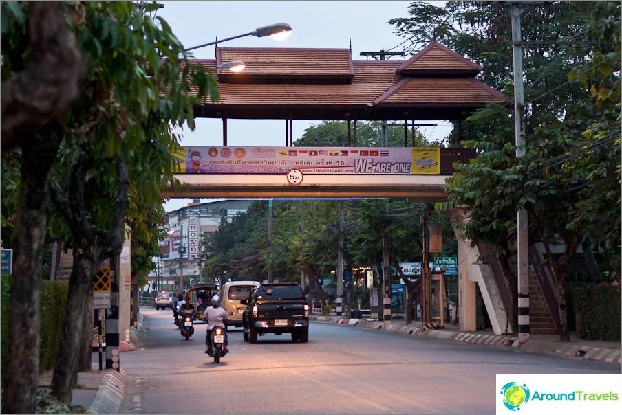 Thai-tyyliset rajat