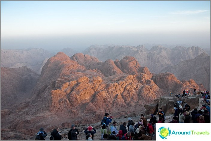 Mooseksen vuorella. Ennen auringonnousua.