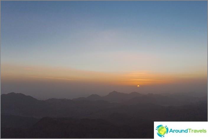 Mooseksen vuori (Siinai-vuori). Dawn.