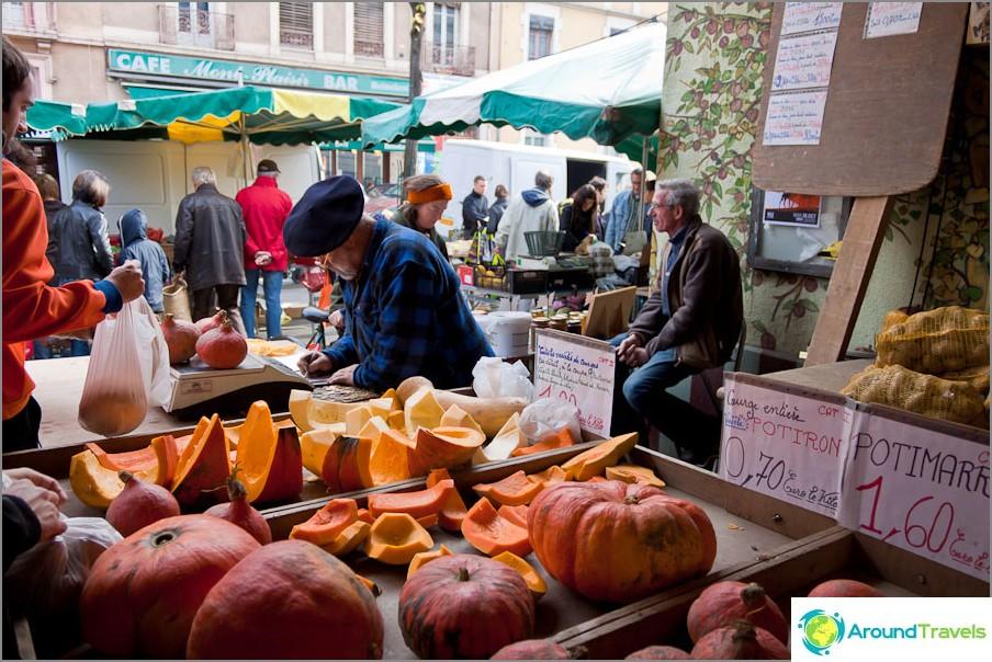 Grenoble Market