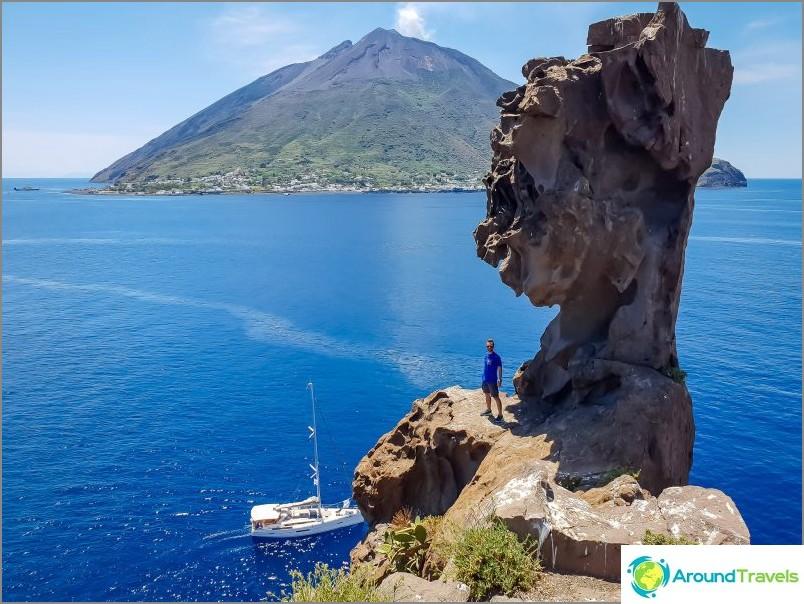 Näkymä Strombolilta tältä saarelta