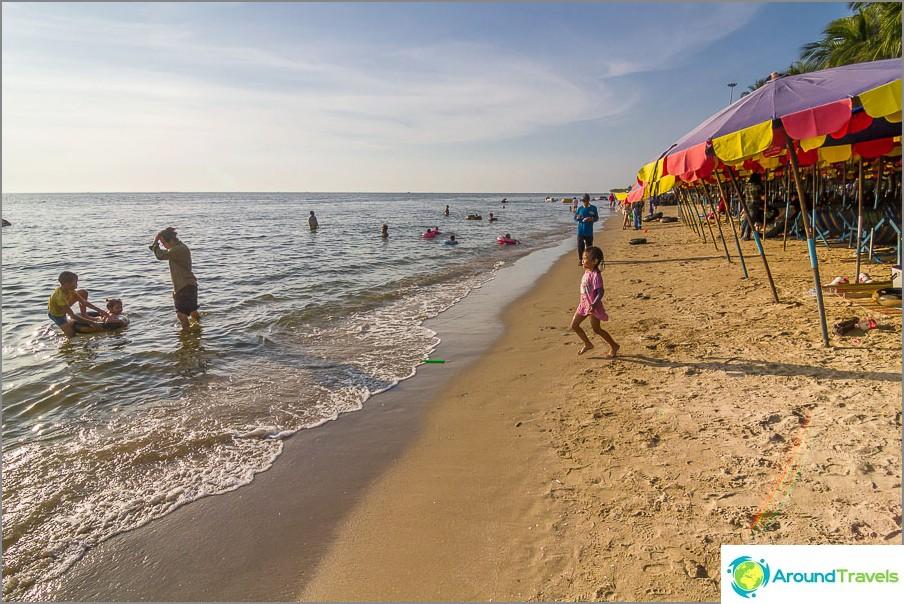 Oikeastaan ranta Bang Saenissa
