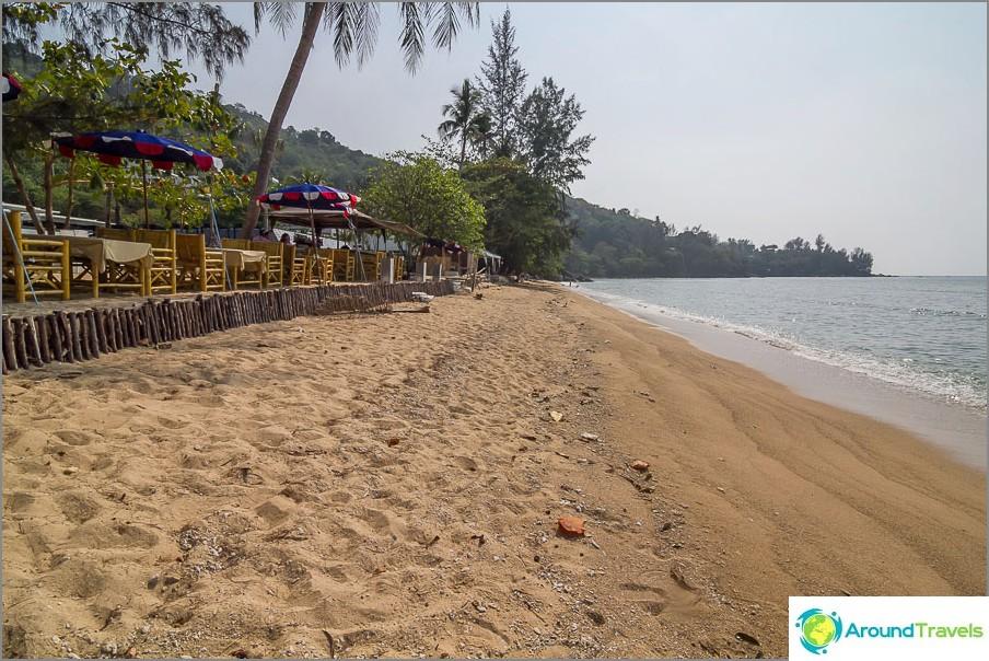 Плаж Камала близо до курорта Аквамарин