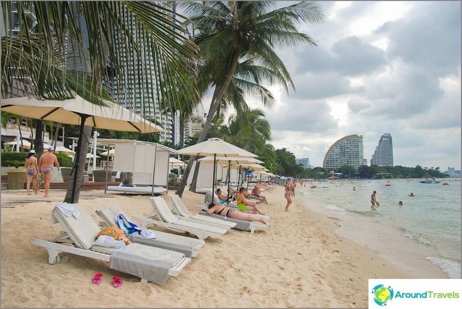 Keski Wongamat Beach