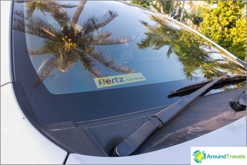 Autolla Bangkok Phuket, auto Hertziltä