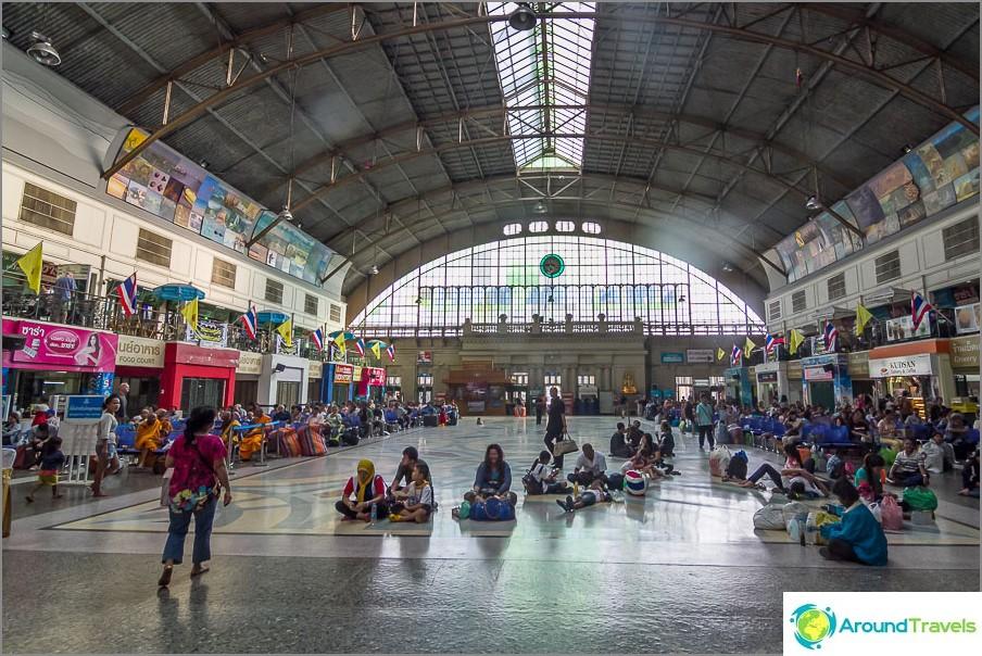 Bangkok Hua Lamphong -rautatieasema