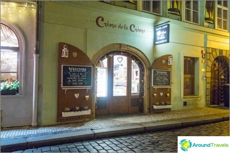 Creme de la Creme Cafe в Прага