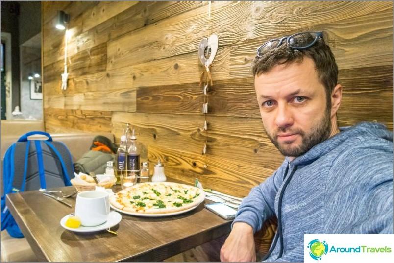 Pizzeria Pizza & Pasta -tehdas Prahan keskustassa - halpa ja iloinen