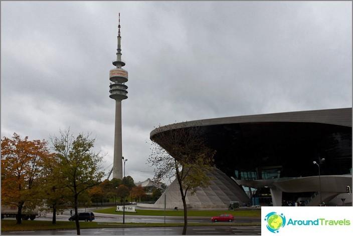 Олимпийска кула и салон BMW Welt