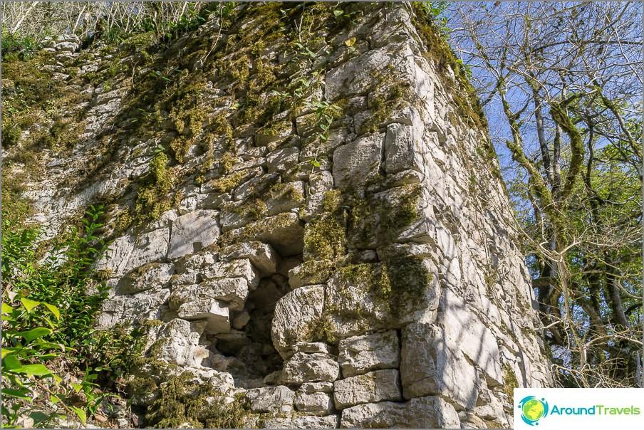 Khostinskyn vanhan linnoituksen rauniot