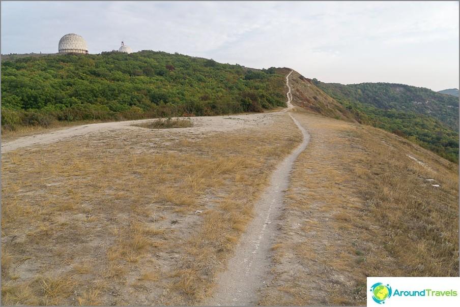 Път към Лисая гора, водещ в топките на ПВО