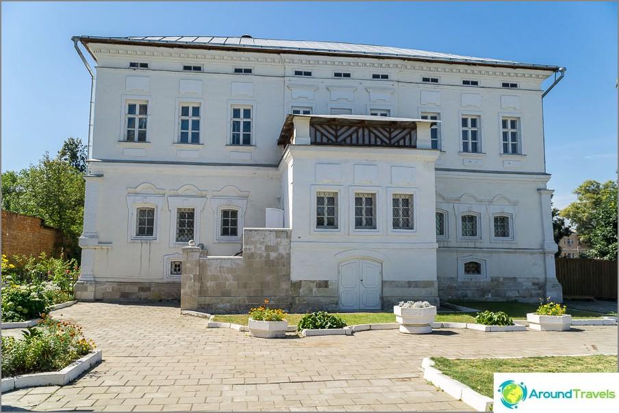 Casa della famiglia Lazhechnikov