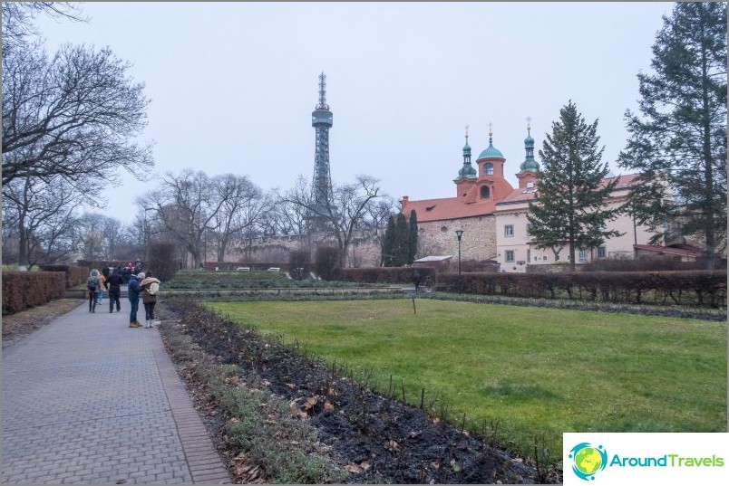 Petrinin torni Prahassa