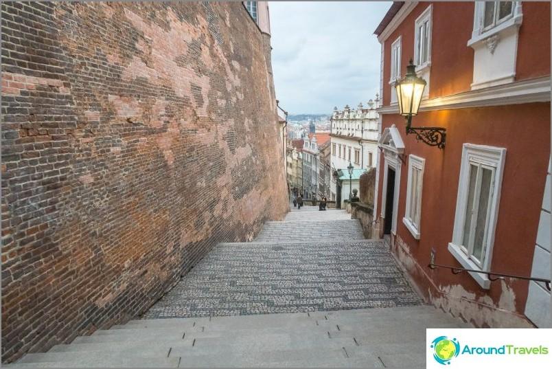 Uusi linnan portaikko Prahassa