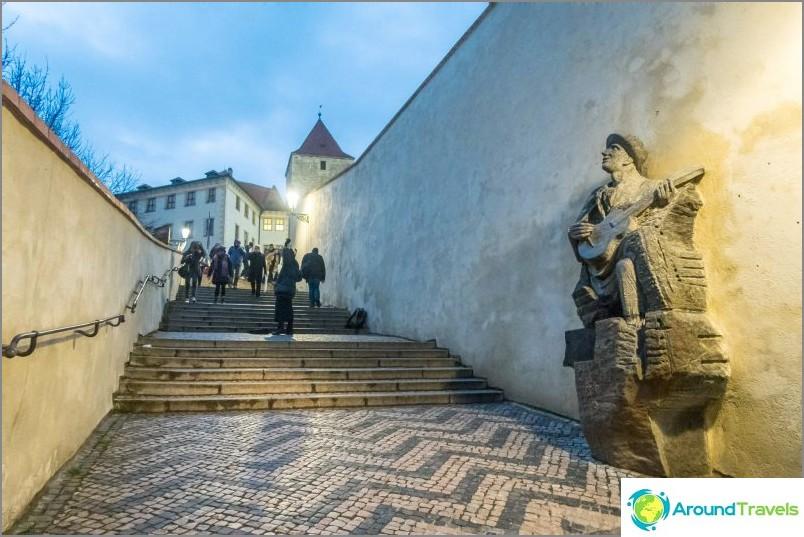 Vanha linnan portaikko prahassa
