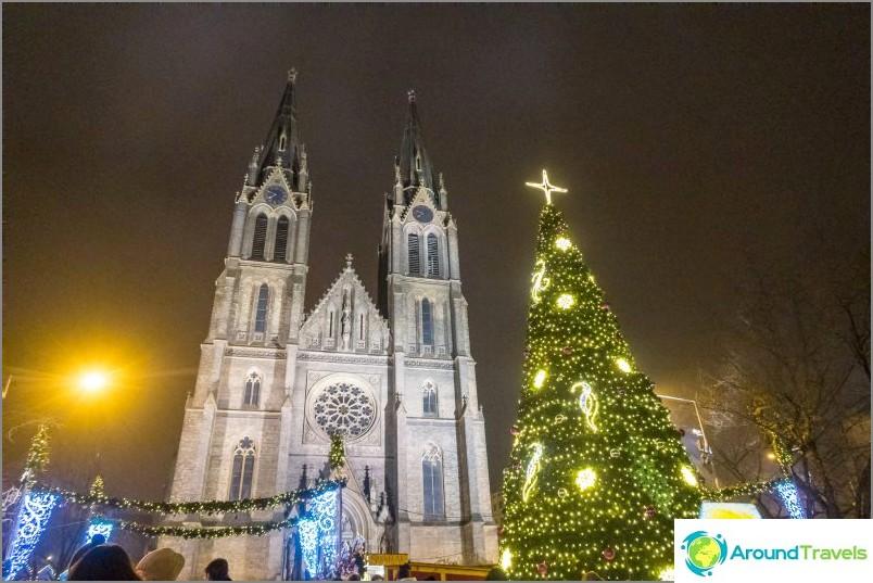 Prahan Pyhän Ludmilan kirkko