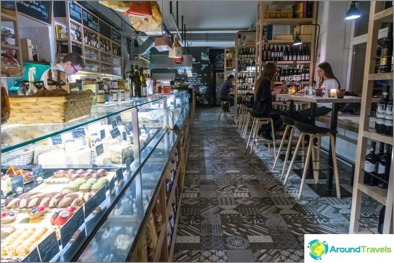 Ravintola La Bottega Prahassa
