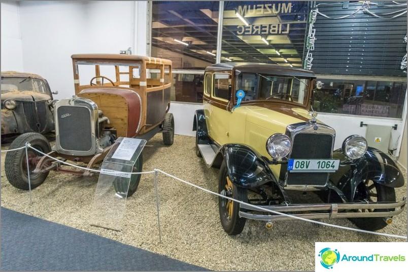 Liberecin tekninen museo - vanhat autot ja höyryveturit