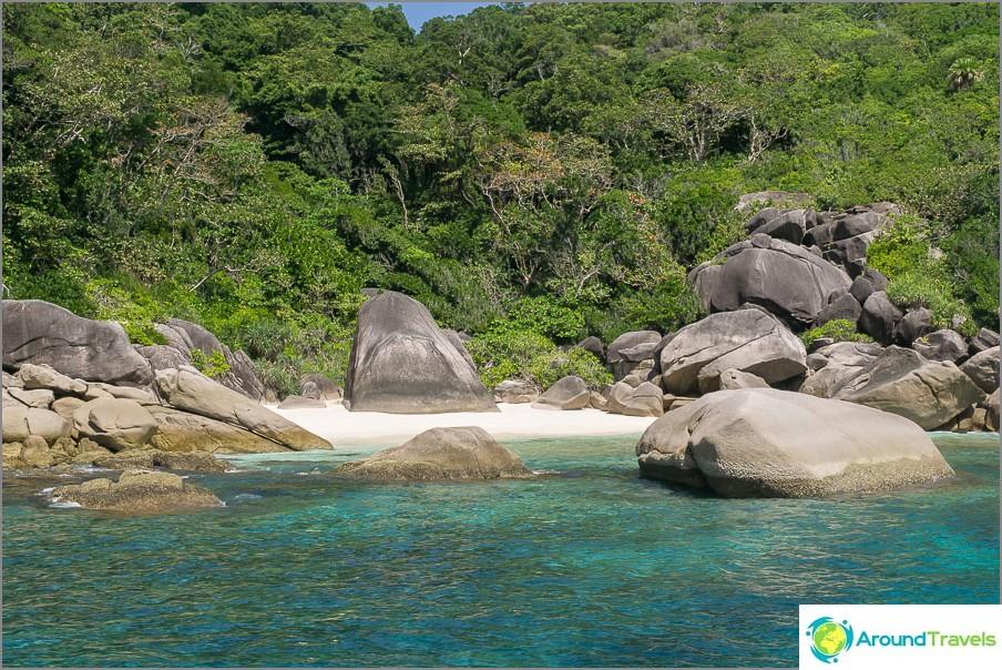 Asumaton Paradise Beach Tontti
