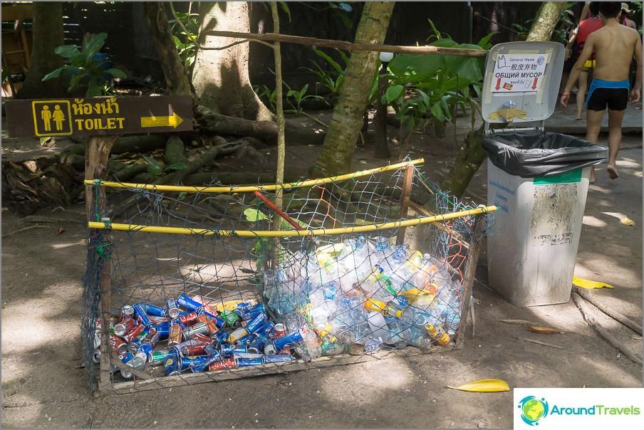 Kaikkien roskaryhmien jälkeen, mutta roskat lajitellaan jopa