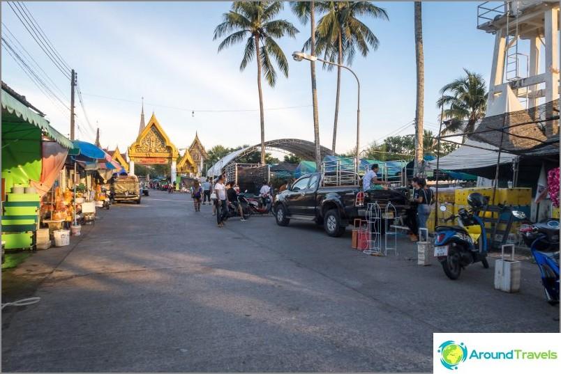 Wat Chalong Phuketissa - saaren suosituin temppeli