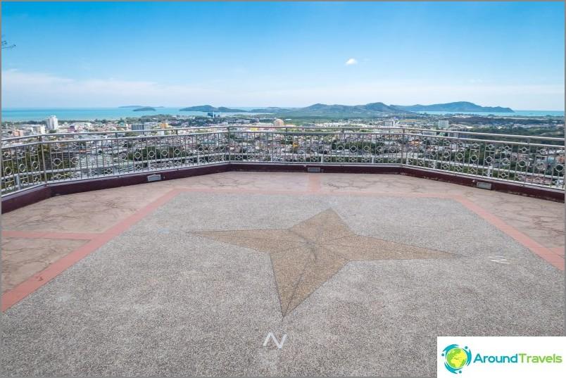 Гледната точка на Ракетния хълм на Пукет - Една от най-добрите